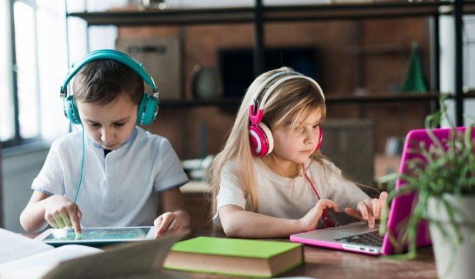Cómo ayudar a su hijo en sus estudios online