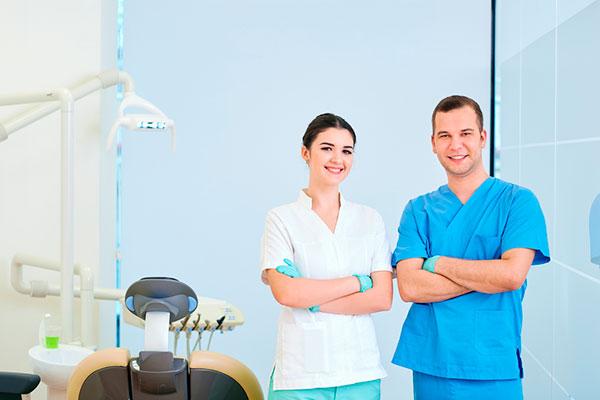 consejos para dirigir una clínica dental con éxito